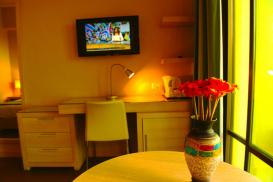 Holyland Hotel Jerusalem-8