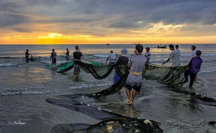Cuộc sống của người dân Mũi Né gắng liền với biển