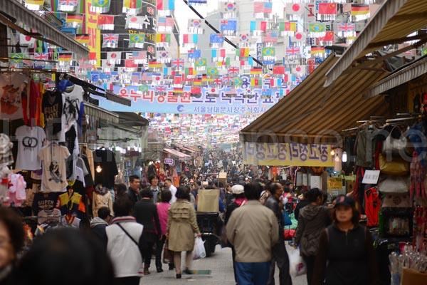 Chợ Namdaemun, điểm mua sắm sầm uất tại Seoul