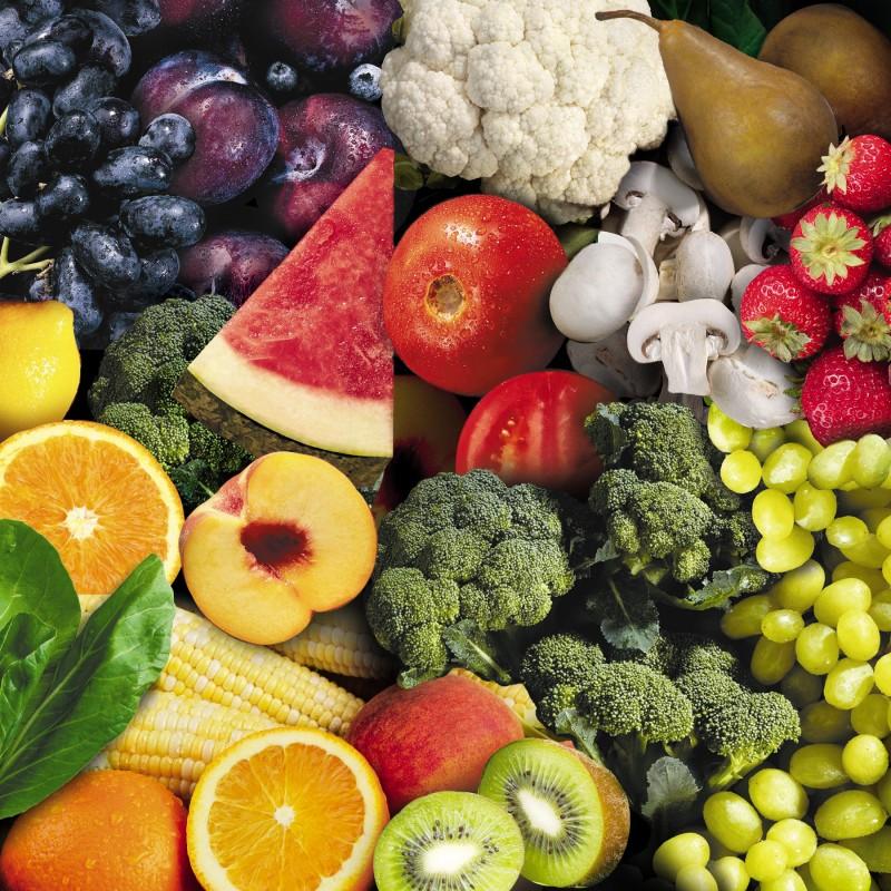 Hoa quả và rau củ là những thực phẩm bạn nên bổ sung từ 4-5 ngày trước khi đi du lịch