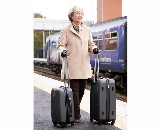 Những chiếc vali 4 bánh giúp bạn di chuyển dễ dàng hơn