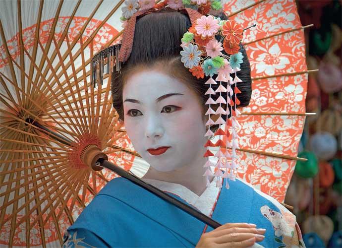 """Geisha nghĩa đen là """"con người của nghệ thuật"""""""