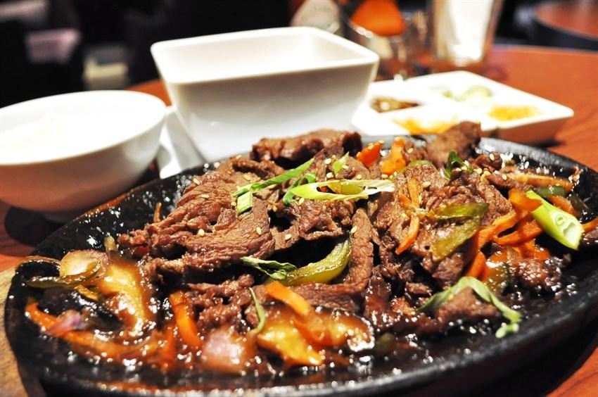 Bulgogi là một trong những món ăn được nhiều người biết đến nhất trong ẩm thực xứ Hàn