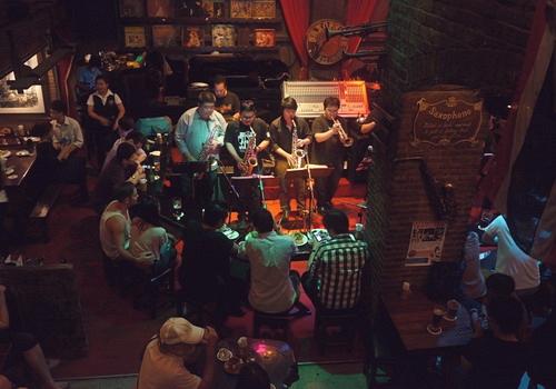 Khám phá Bangkok về đêm - Bar nhạc Jazz