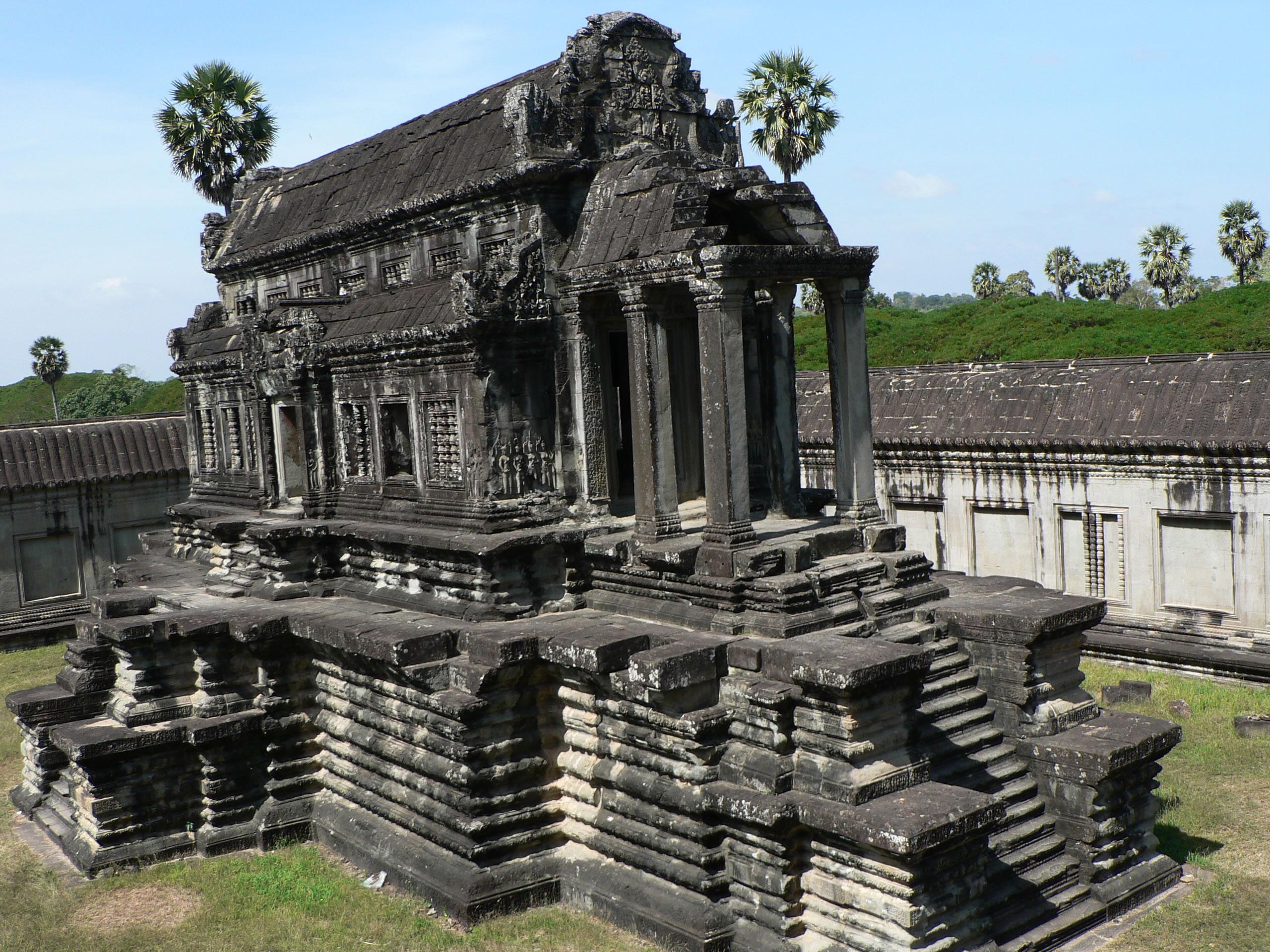 Quần thể kiến trúc Angkor được UNESCO công nhận là di sản văn hóa thế giới vào năm 1992, được chính phủ Đức hỗ trợ bảo tồn.