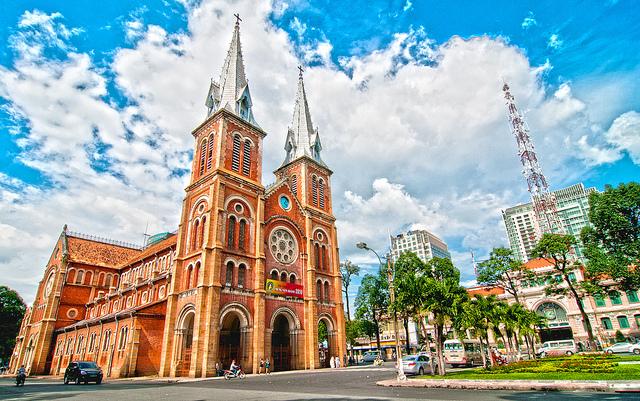 Nhà thờ cổ Việt Nam: nhà thờ Đức Bà