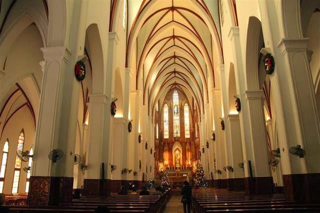 Nhà thờ cổ Việt Nam: nhà thờ lớn hà nội