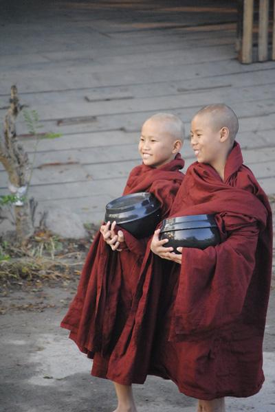 khat-thuc-myanmar- kinh nghiem du lich myanmar