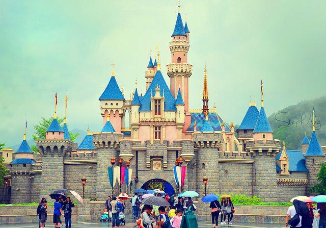 Công viên giải trí Disneyland HongKong