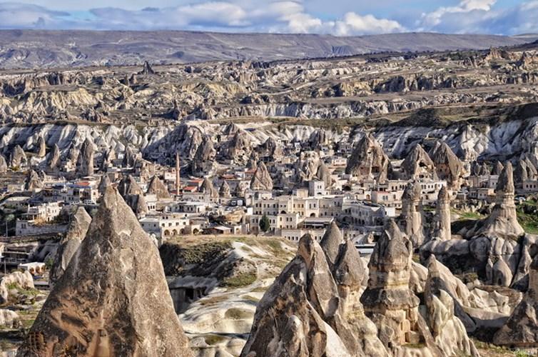 Thành phố đá Cappadocia