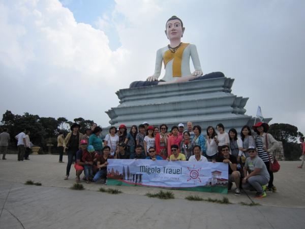 Đoàn sẽ được dừng chân ở lưng chừng núi để viếng thăm Thánh mẫu Yamao