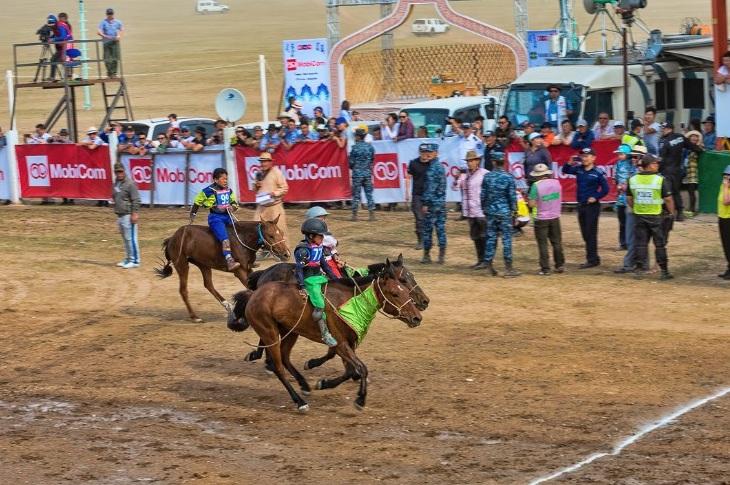 Đua ngựa luôn là phần thi hấp dẫn nhất trong lễ hội Naadam