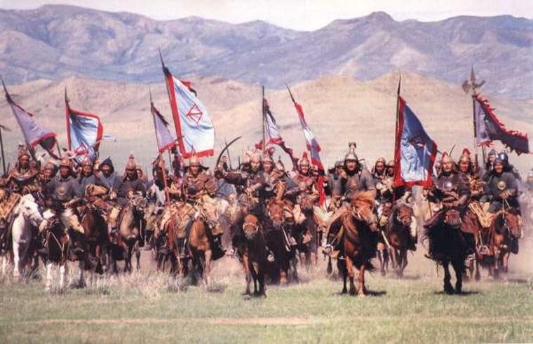 """Sự hùng mạnh của quân đội mông cổ được minh chứng rõ qua câu nói """" Vó ngựa Mông Cổ đến đâu thì ở đó cỏ không mọc được""""."""