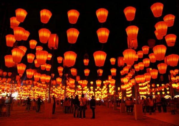 Lễ hội hoa đăng trong ngày Tết âm lịch ở Singapore