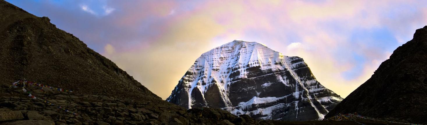 """Núi thiêng Kailash, ngọn núi được thế giới mệnh danh là """"vũ trụ tâm linh"""""""