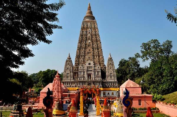 Đền Mahabodhi là noi linh thiêng nhất của Phật giáo Ấn Độ