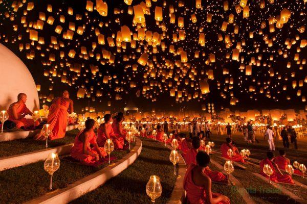 loy-krathong-chiang-mai-thailand