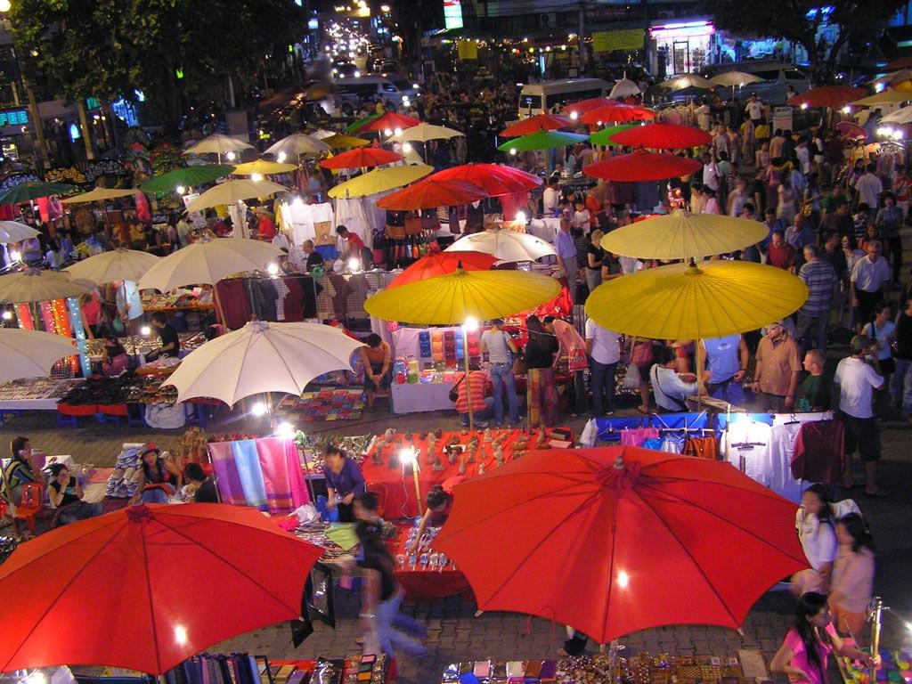 cho-dem-Chiang-Mai