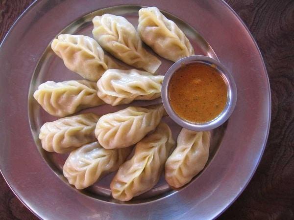 Momo là một dạng thức ăn vặt của Bhutan