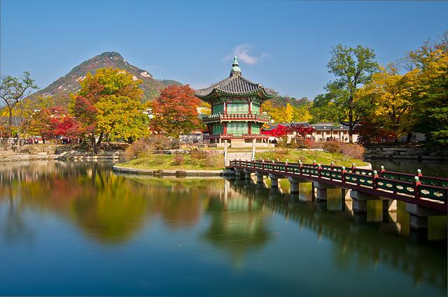 cung-dien-gyeongbokgung-han-quoc