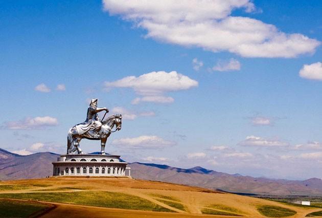 Bảo tàng Thành Cát Tư Hãn được người dân Mông Cổ xây dựng để tưởng nhớ đến Ông
