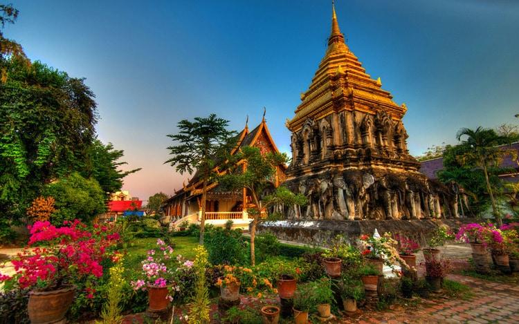 Đây là ngôi chùa lâu đời nhất tại Chiang Mai, được xây vào khoảng thế kỷ 13