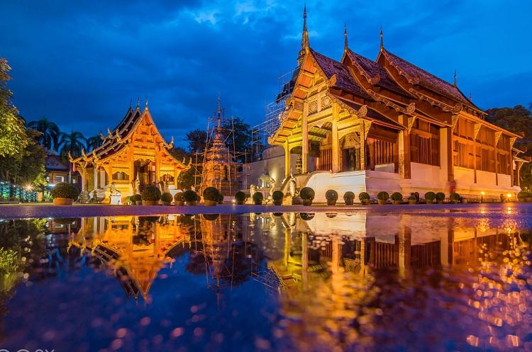 Wat phra singh là nơi lưu giữ di hài của vua Kam Foo