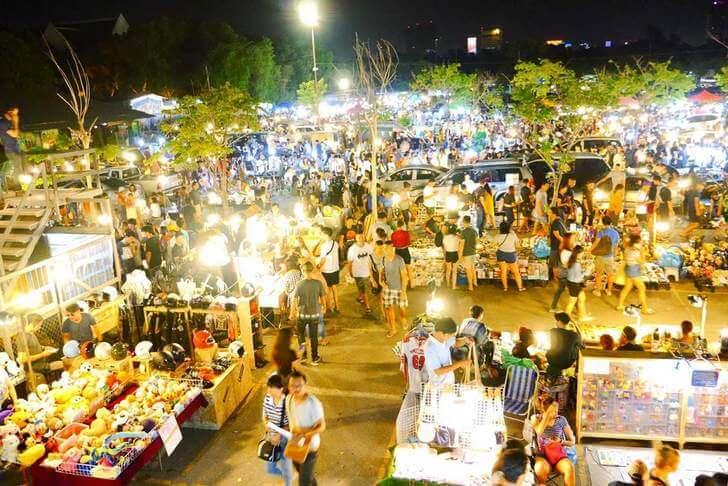 Chợ phiên Chatuchak