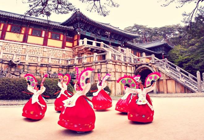 cung-dien-kyeongbok-migolatravel