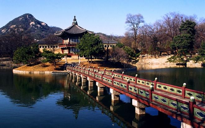 gyeongbokgung-seoul-migolatravel