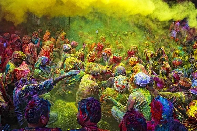 Lê hội Holi - một trong những lễ hội lớn của người dân Ấn Độ