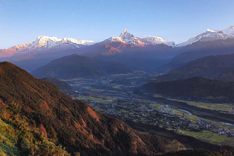 Thung lũng Kathmandu là một thung lũng nằm ở thủ đô Kathmadu của Nepal. Nơi giao thoa các nền văn hóa cổ xưa của châu Á với nhiều công trình đẹp mang ý nghĩa văn hóa, lịch sử và tôn giáo