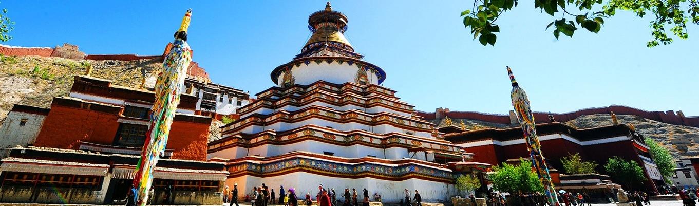 Thập Vạn Phật Tháp (Gyantse Kumbum) - cũng là tháp Stupa (Chorten) lớn nhất và độc đáo nhất trên cao nguyên Thanh Tạng