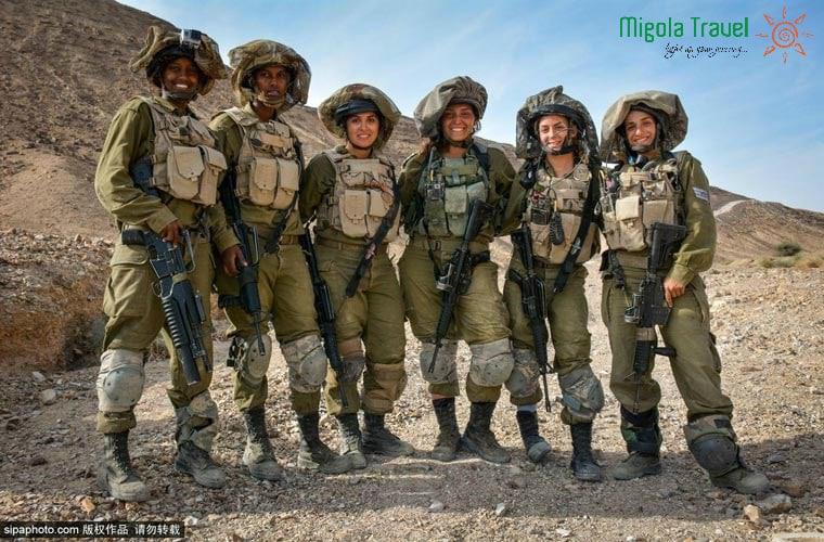 nu-chien-binh-israel