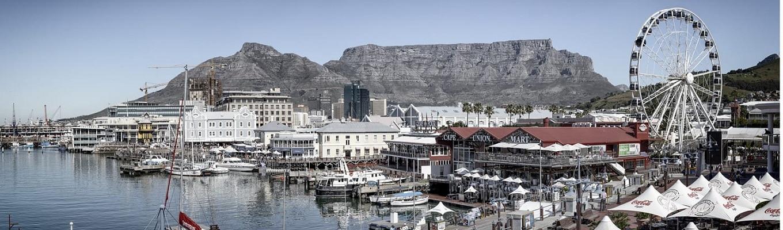 Vịnh Victoria & Alfred, địa điểm có thể ngắm nhìn toàn bộ thành phố Cape Town và là nơi lý tưởng để thưởng thức bữa tiệc đêm của thực khách