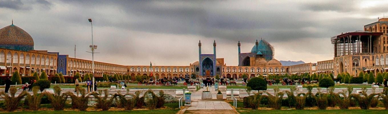 Quảng trường Naqsh-e Jahan, một di tích lịch sử quan trọng của Iran được UNESCO công nhận là di sản văn hóa thế giới