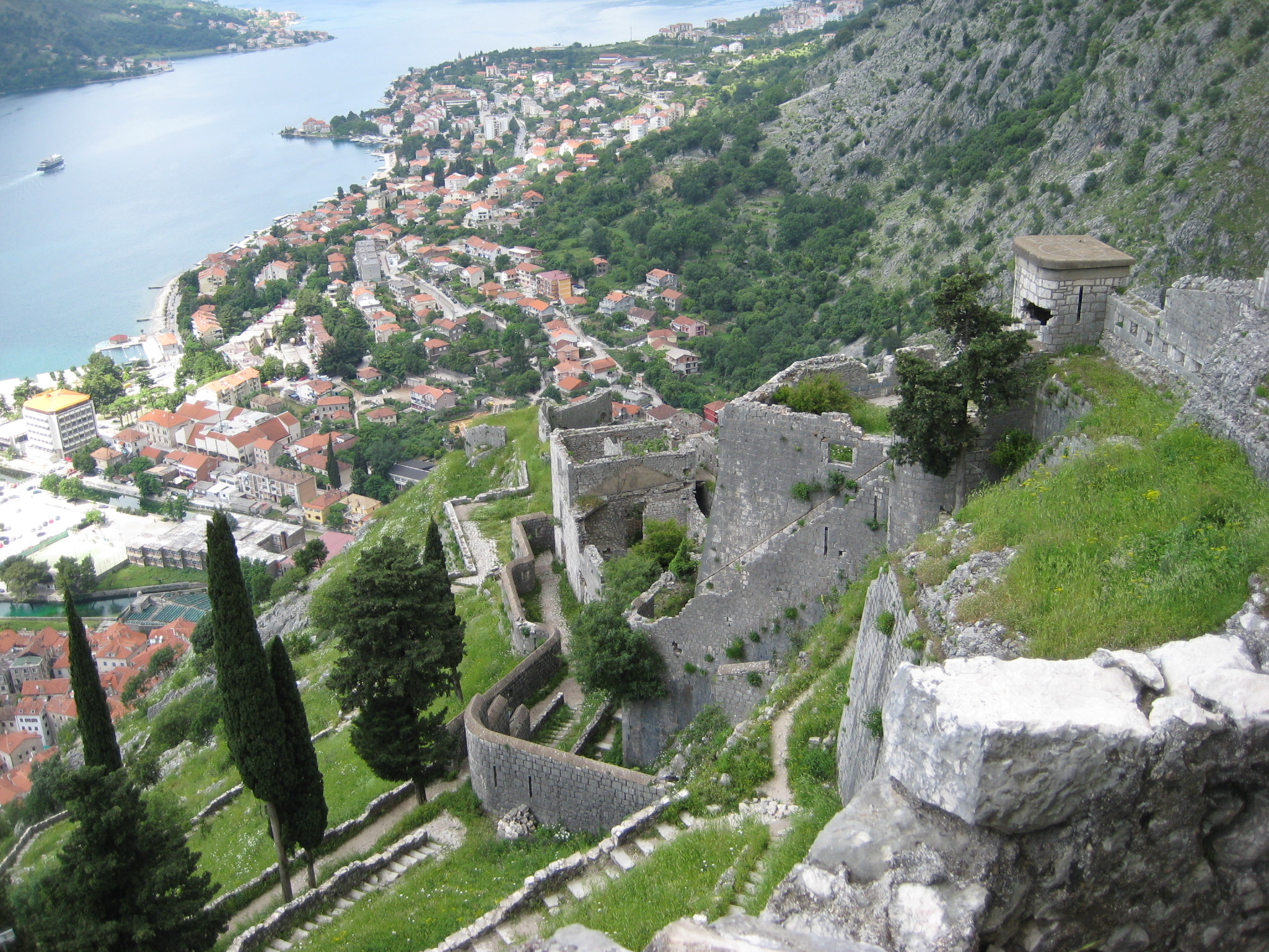 kotor-fortress-hike-2