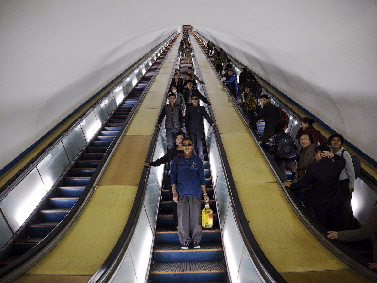 thang-cuon-metro