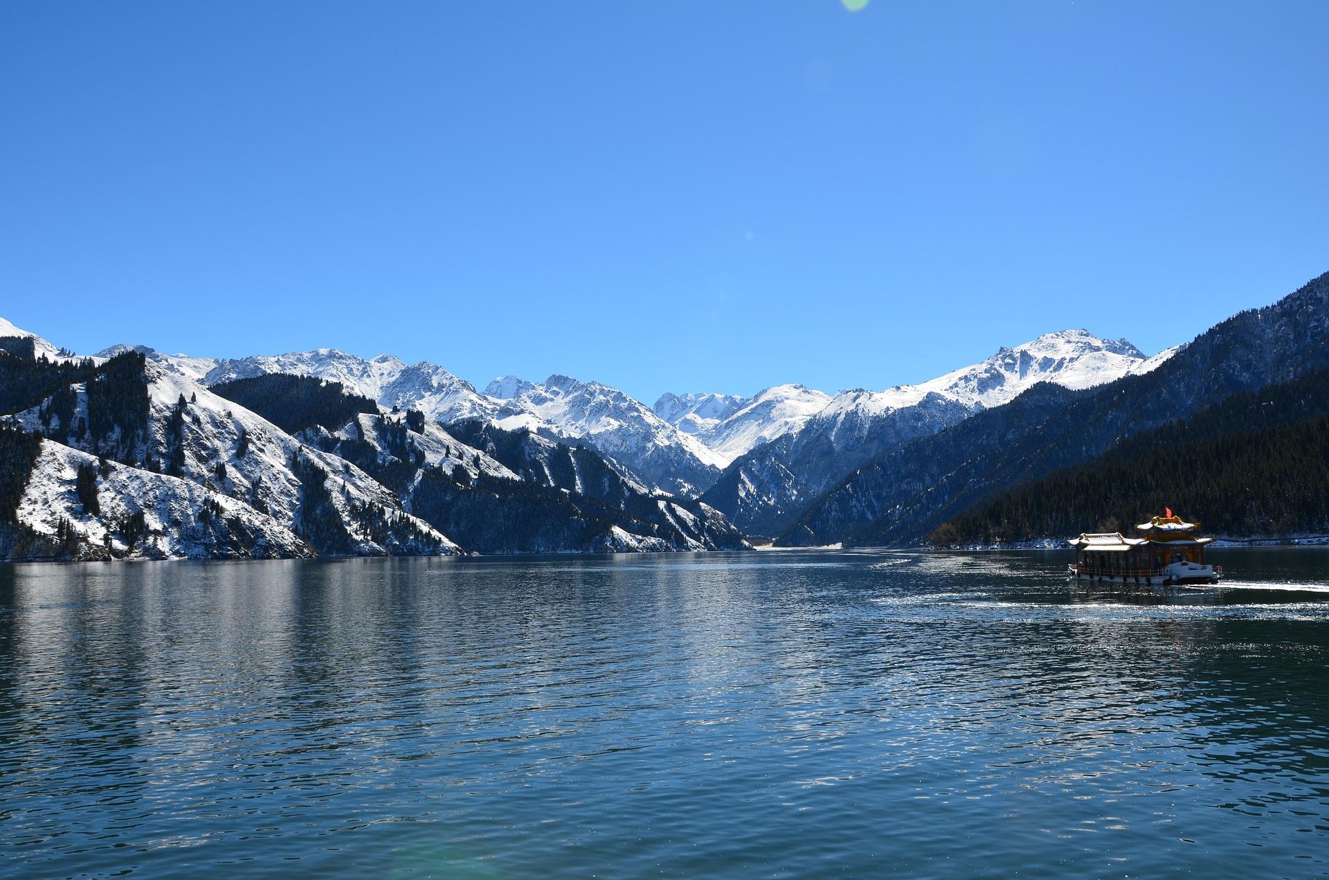 tianchi-lake