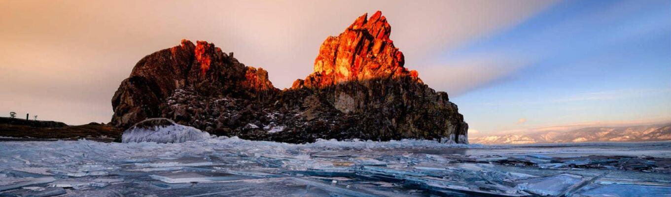 Đảo Olkhon - một trong những nơi đẹp nhất hồ Baikan.