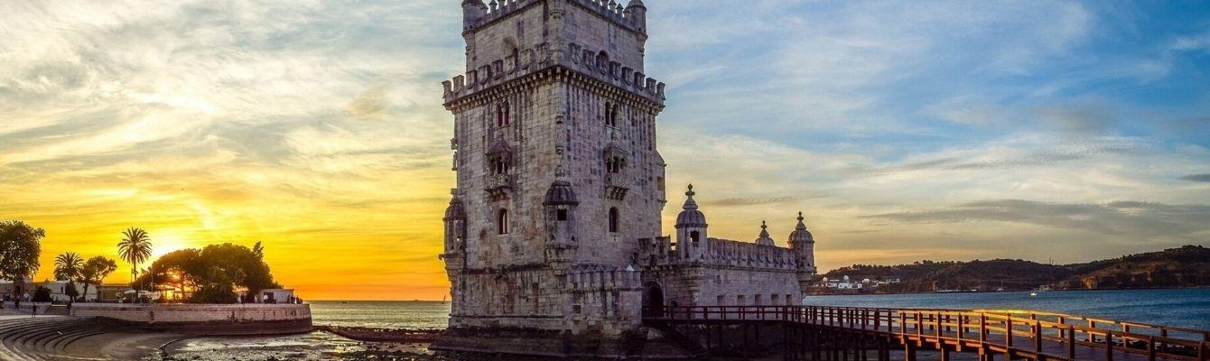 Tháp Belem– dấu ấn của thời kỳ hàng hải thịnh vượng, là điểm khởi đầu của những hành trình vượt biển vạn dặm của các nhà thám hiểm đến những vùng đất xa xôi khác.