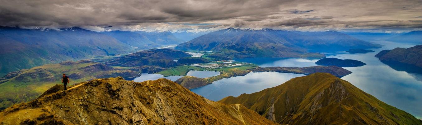 Hồ Wanaka là một trong những địa điểm du lịch không thể bỏ qua khi đến New Zealand.