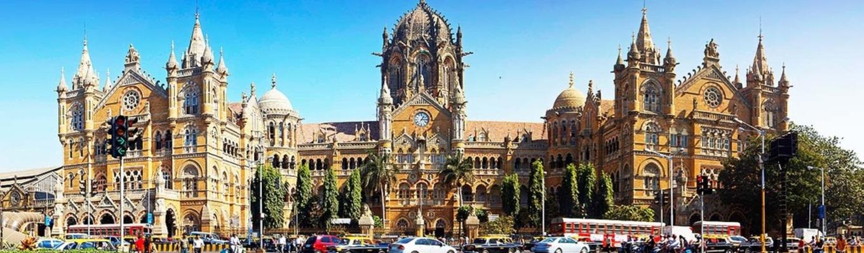 Chhatrapati Shivaji Terminus, trước đây gọi là Victoria Terminus là trạm đường sắt duy nhất được đưa vào danh sách di sản thế giới của UNESCO.