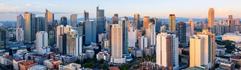 Manila là sự kết hợp hài hòa giữa hiện đại và cổ kính. Đây là thủ đô mang trong mình nét trẻ trung hiện đại nhưng không kém phần duyên dáng, cùng với đó là sự náo nhiệt của các trung tâm thương mại.
