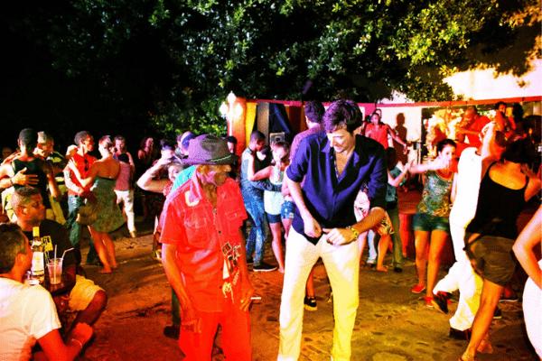 Cuộc sống nhộn nhịp về đêm ở Cuba