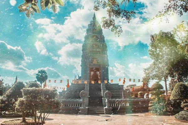 chùa Som Rong khi du lịch miền Tây