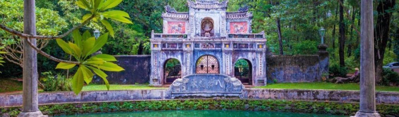 Từng là Kinh đô của triều đại nhà Nguyễn, vì thế mà Huế được xem là một trong những thành phố có bề dày lịch sử, văn hóa lâu đời ở nước ta.