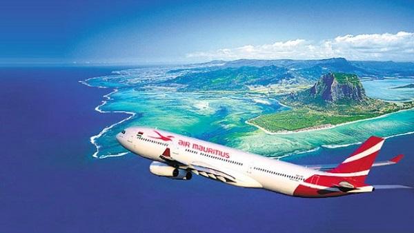 Đến Mautirius bằng hãng hàng không Air Mauritius.
