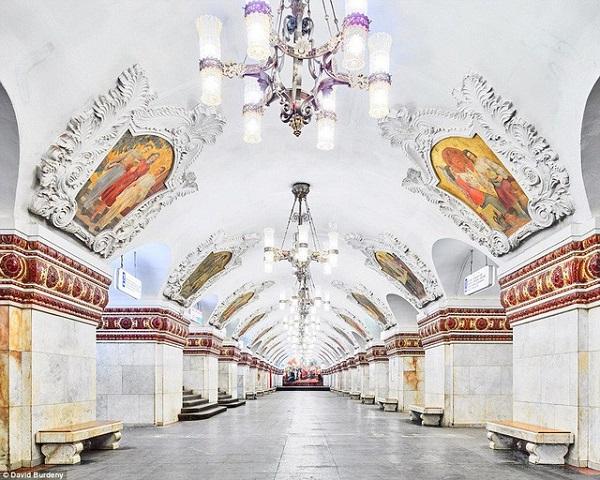 Vẻ đẹp lộng lẫy cảu cung điện dưới lòng đất Moscow.