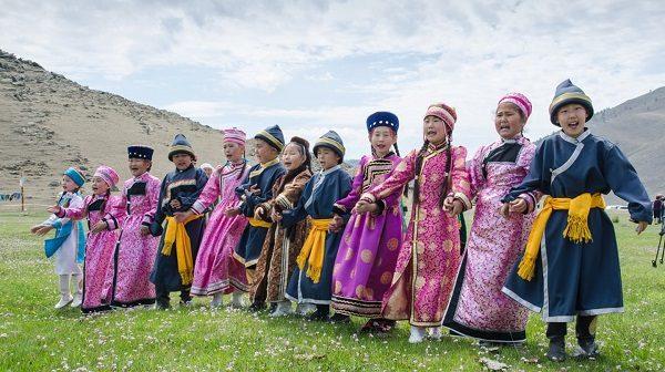 Bộ tộc người Buryat ở Nga.
